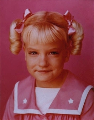 File:Cindy-Brady-the-brady-bunch-5795611-300-385.jpg