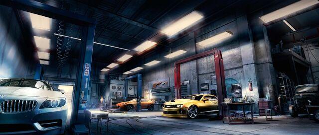 File:Car Tuner Detroit 123330.jpg