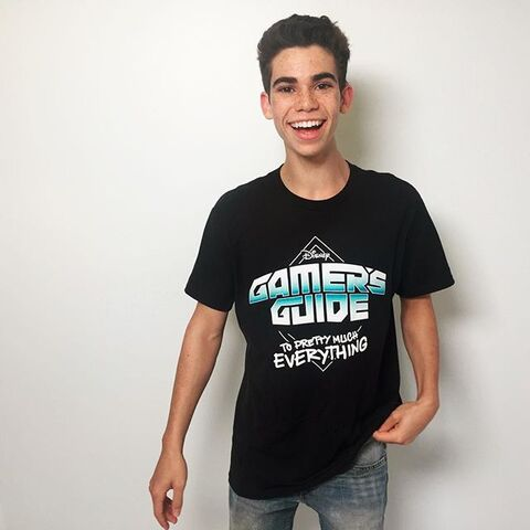 File:Cameron Boyce (Gamer's Guide To Pretty Much Everything).jpg