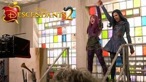 Behind the Scenes First Look Descendants 2