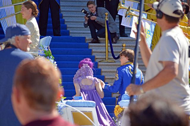 File:Descendants Mal and Ben coronation.jpg