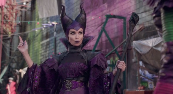 File:MaleficentSepter.jpg