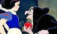 Walt-Disney-Screencaps-Snow-White-The-Witch-walt-disney-characters-22642601-2560-1536