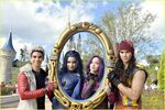 Descendants-christmas-parade-taping-wdw-pics-02
