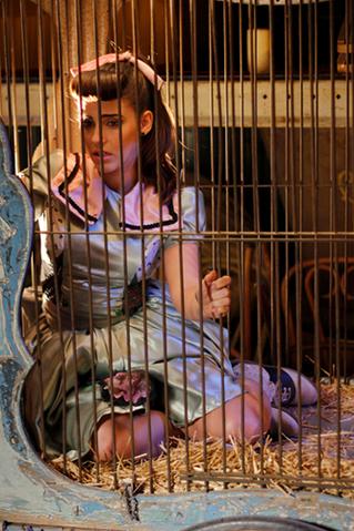 File:Tamara caged.png