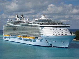 300px-Oasis of the Seas