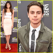 Kylie-jenner-jake-t-austin-mtv-movie-awards