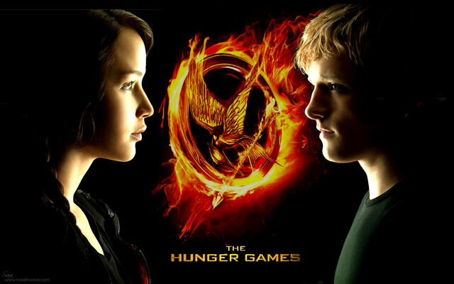 File:Hunger-games-movie-wp katniss-and-peeta.jpg