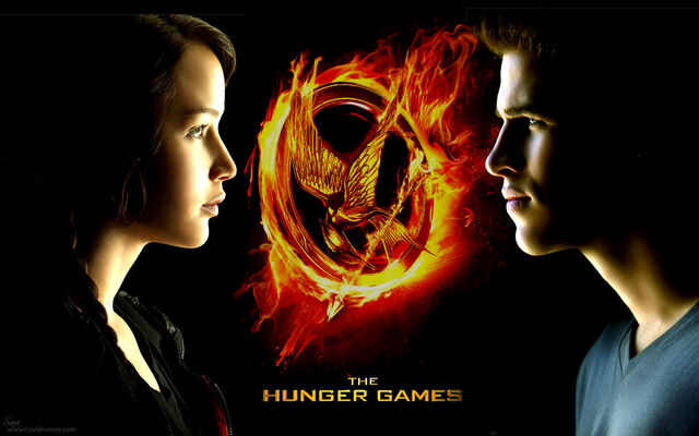 File:Hunger-games-movie-wp katniss-and-gale.jpg