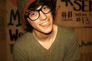 Cute nerdy guy