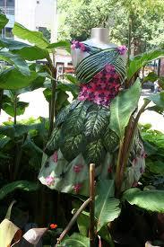 File:Plant dress.jpg