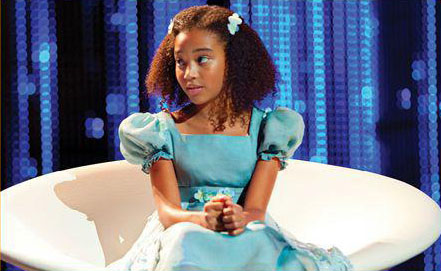 File:Rue-s-interview-the-hunger-games-28914276-441-271.jpg