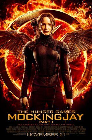 File:Katniss-Mockingjay2.jpg