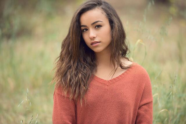 File:Orange-County-Teen-Girl1.jpg