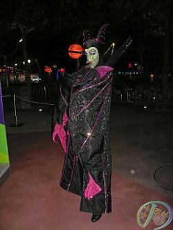 File:250px-Maleficent HKDL.jpg