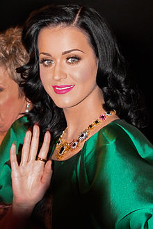 220px-Katy Perry at TV Week Logie Awards 2001 - 1
