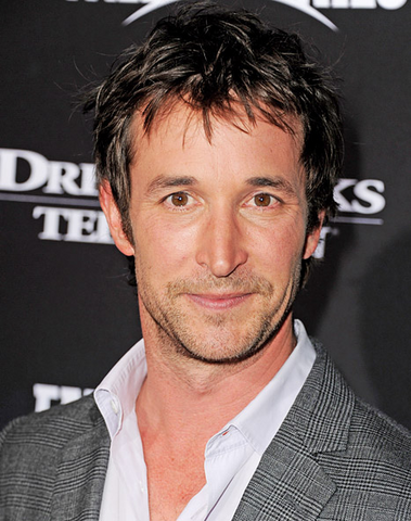 File:Noah Wyle.png