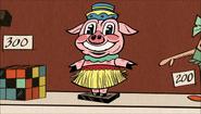 S1E20B Bobblehead pig