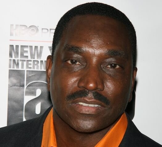 File:Clifton-powell.jpg