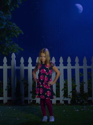 File:The-Neighbors-Isabella Cramp.jpg