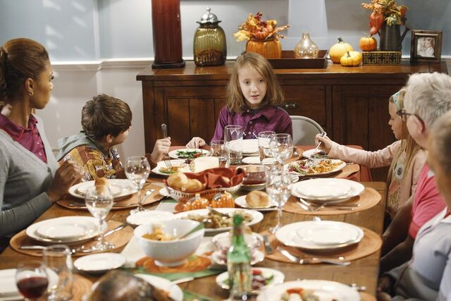 File:Thanksgiving Is for the Bird-Kersees18.jpg