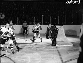 Hockey game, Toronto Maple Leafs vs. Chicago Black Hawks, Maple Leaf Gardens