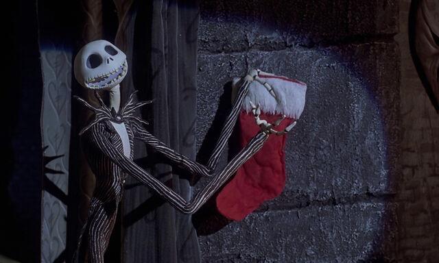 File:Nightmare-christmas-disneyscreencaps.com-2616.jpg