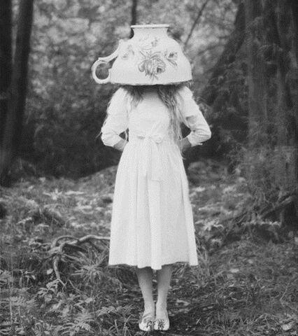 File:Teacup girl.jpg