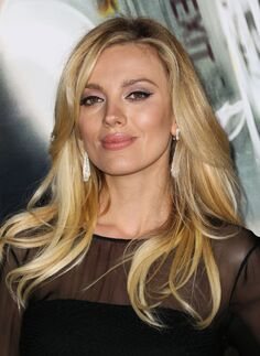 Bar-paly-at-non-stop-premiere-in-los-angeles 1