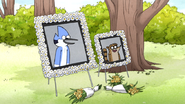 S6E04.097 Mordecai and Rigby Memorial Headshot
