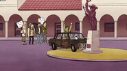 S05E01Mordecai wrecks muscle mans car