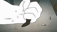 S8E20.100 Snow Mammoth Grabbing Fi's Leg