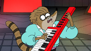 Sh02.063 Rigby Rocking the Keytar 02