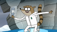 S8E20.163 Rigby Got the Ice Tape