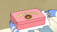 S7E06.019 Donut World Box