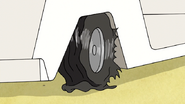 S7E21.144 The Cart's Tire Popped