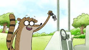 S7E21.153 Rigby Catching Don's Keys