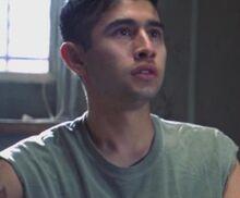 2x05 Felipe Gomez
