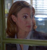 1x05 Judi Beecher adm asst