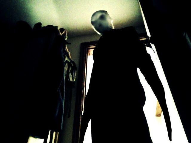 File:Slender Project Slender Man.jpeg