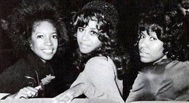File:The Supremes 1971.jpg