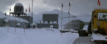 US Outpost 31 Exterior (2) - The Thing (1982)