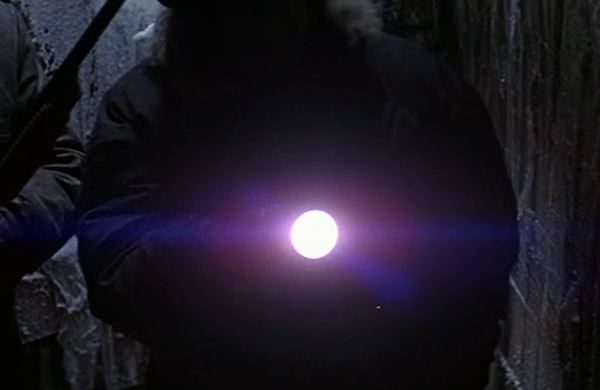File:Flashtlight (1) - The Thing (1982).png