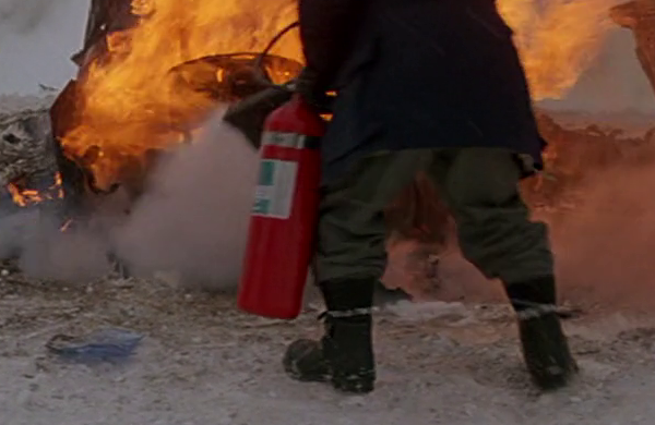 File:Fire Extinguisher (1) - The Thing (1982).png