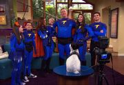 Colosso Takes Thundermans Family Picture