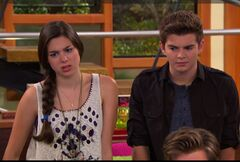 Phoebe and Max worried about their friends