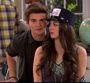 Max Manipulates Phoebe 2