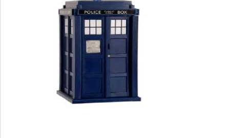 The TARDIS Materialising