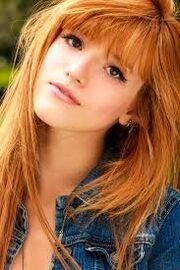 Quinn (Bella Thorne)