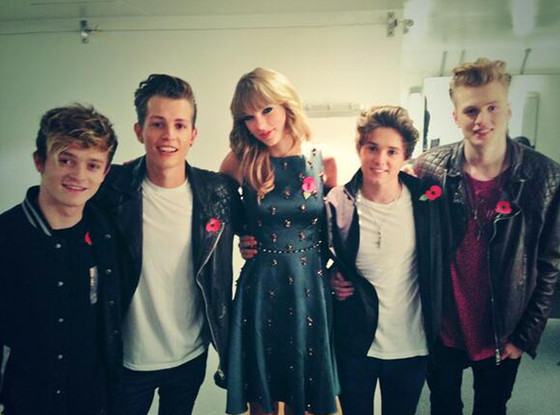 File:Rs 560x415-140407135113-1024.Taylor-Swift-The-Vamps-Twitter.ms.040714 copy.jpg